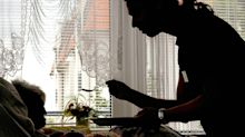 Corona-Newsblog in Berlin: Corona-Verdacht in zwei Berliner Pflegeheimen