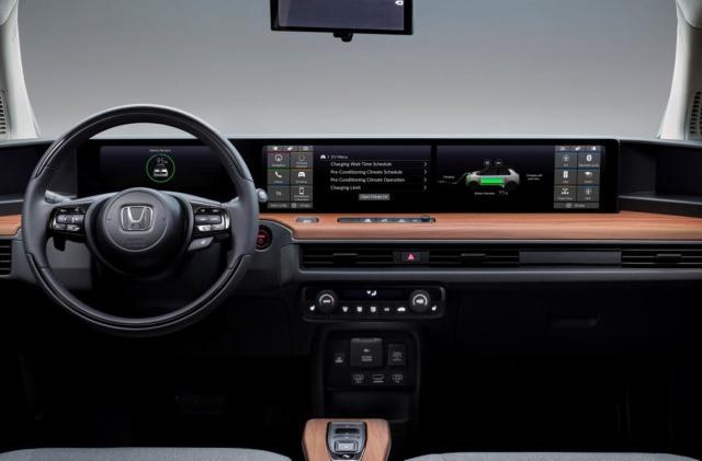 Honda E video shows off the EV's dual-touchscreen dash