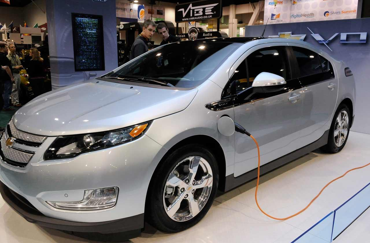 last call for electric car tax credit. Black Bedroom Furniture Sets. Home Design Ideas