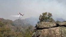 'That Was Spectacular': Man Watches Plane Waterbomb Bendemeer Fire in NSW