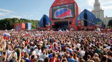 """""""Um mês sem política na televisão"""" – do que os russos sentirão saudade desta Copa?"""