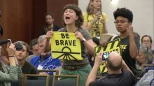 Chaotic scene as DNC votes down climate change debate at San Francisco meeting