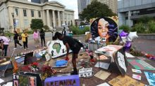 Louisville heads for another night under curfew amid Breonna Taylor protests