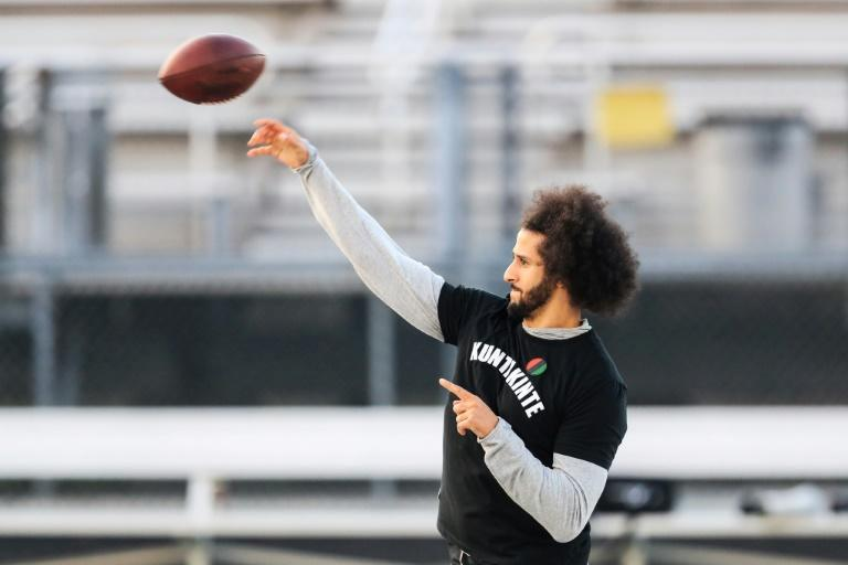 Kaepernick ditches NFL workout, holds own public session