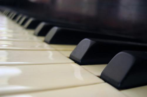 New technology provides greater control to paraplegic pianists