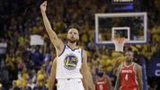 Curry explodes as Warriors take down Rockets