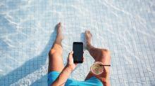 Verbrauchertipp: So telefonieren Sie im Urlaub günstig