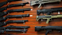 Escopetas para los 'sintecho', la propuesta de un candidato al Senado de EEUU