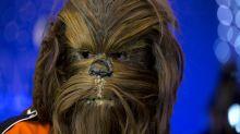 Chewbacca steht im Stau