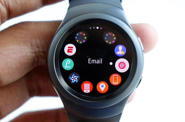 Samsung's Gear S2 smartwatch arrives in the US October 2nd