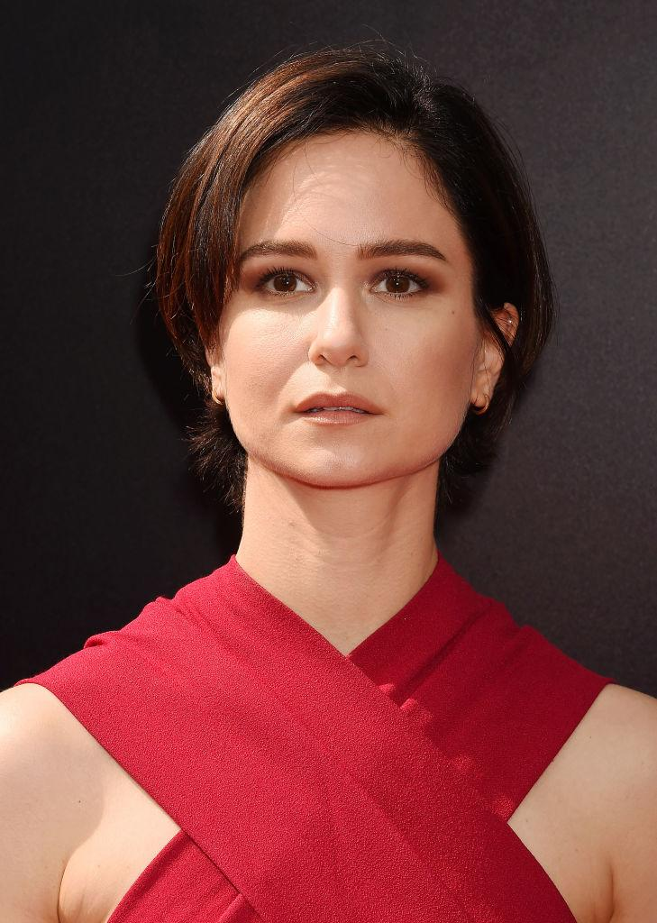 Yahoo Lifestyle News >> Never Call 'Alien: Covenant' Star Katherine Waterston a 'Strong Woman'