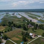 Trump's tariffs and bad weather take toll on U.S. farmers
