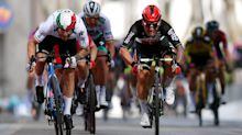 Ewan wins crash-marred Stage 5, De Marchi keeps Giro d'Italia lead