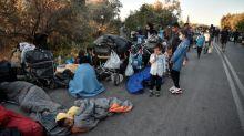 Tausende Flüchtlinge auf Lesbos ohne Unterkunft und Essen