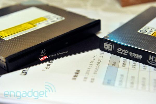 Hitachi-LG goes official with HyDrive: SSD-equipped optical drives landing in August