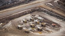 Oil Sands' First Capital Spending Gain in Years Put In Doubt