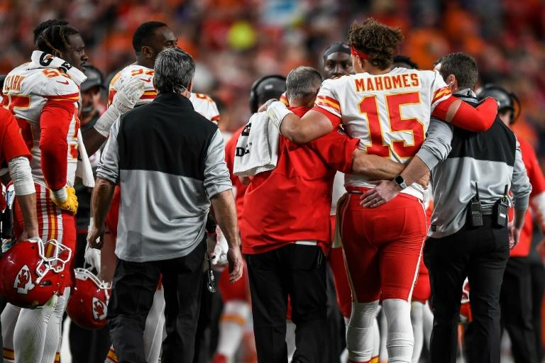 Chiefs Star Mahomes Sidelined At Least Three Weeks Reports