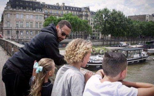Rio Ferdinand is currently enjoying a family holiday in Paris  - Instagram @Ferdy