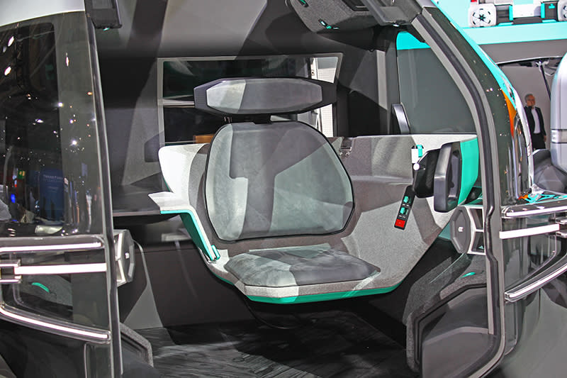 儘管具備自動駕駛功能,EZ Pro依然保有駕駛艙提供貨品管理與監控。