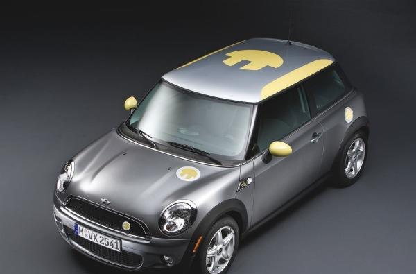MINI E finally official, 500 available soon for US test drivers