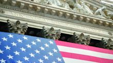 Wall Street: indici lungo strade diverse. Al via meeting Fed