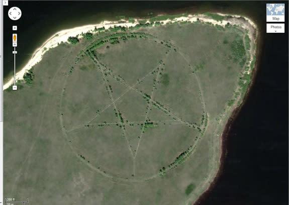Mysterious Pentagram on Google Maps Explained