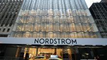 """Le grand magasin Nordstrom joue gros à New York avant """"Black Friday"""""""
