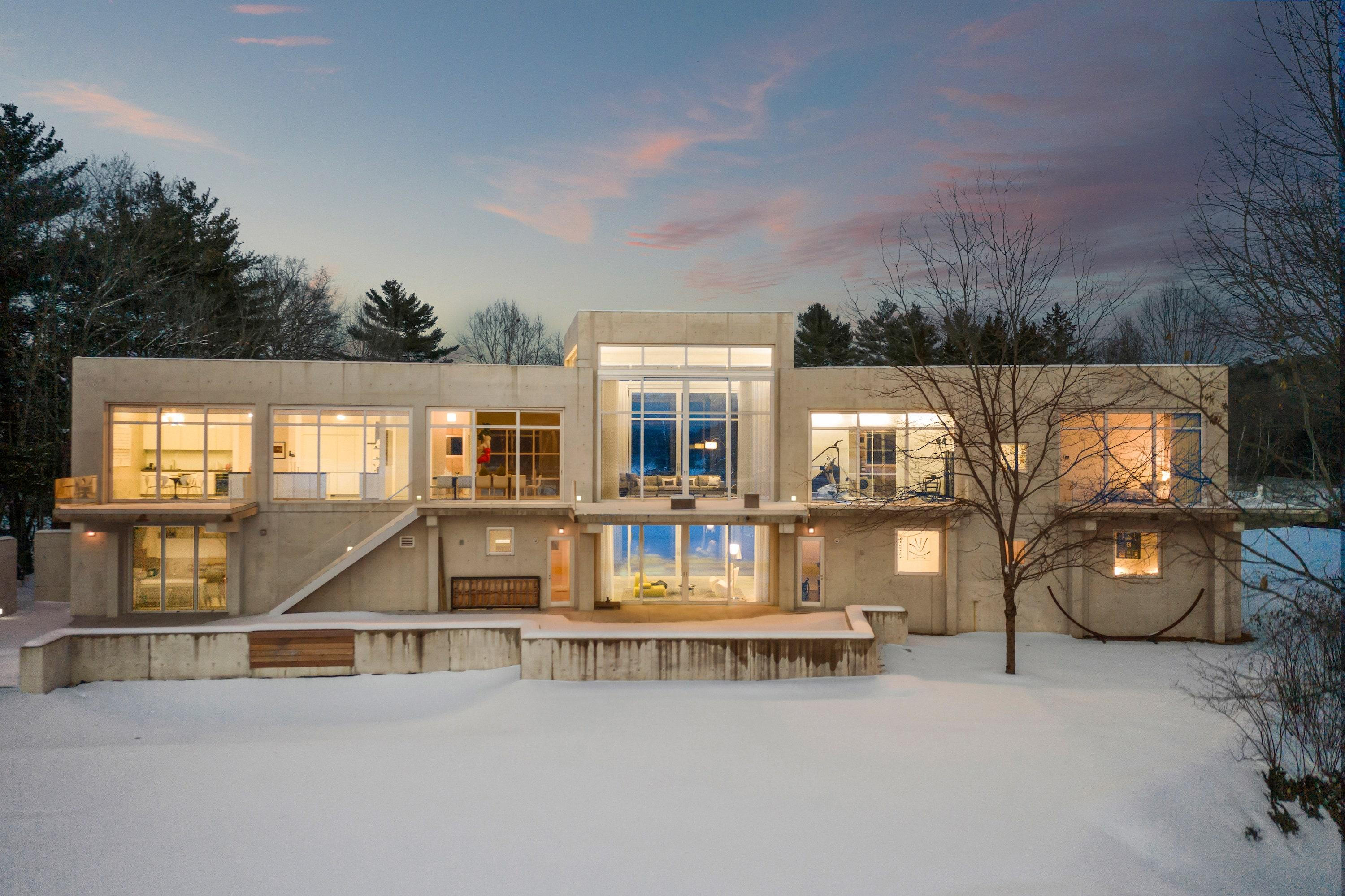 """<a href=""""https://www.sothebysrealty.com/eng/sales/detail/180-l-4402-32p48v/1224-route-5-route-norwich-vt-05055"""" rel=""""nofollow noopener"""" target=""""_blank"""" data-ylk=""""slk:Location: Norwich, Vermont"""" class=""""link rapid-noclick-resp"""">Location: Norwich, Vermont</a><br> Price: $ 4,700,000<br> Bed/Baths: 5 bedrooms; 4 full and 2 partial bathrooms<br> Interior Square Footage: 8,100<br> Lot Size: 3.6 acres"""