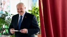 Biélorussie : cinq choses à savoir sur Alexandre Loukachenko, le chef d'Etat au pouvoir depuis vingt-six ans