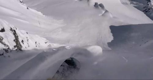 Snowboard - Un hiver à chasser la poudreuse avec John Jackson