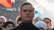 Kremlin critic Navalny appears in public after leaving Berlin hospital