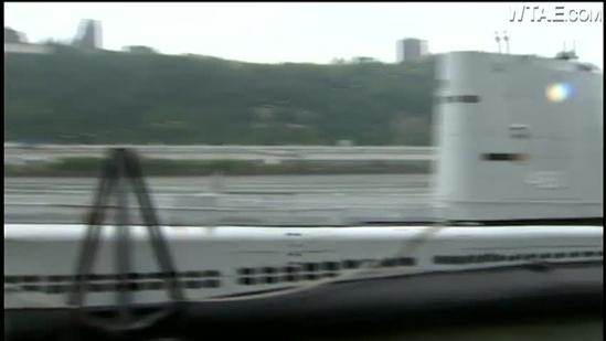 Veteran returns to submarine for first time in nearly 50 years