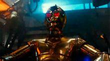 Los ojos rojos de C-3PO despiertan más teorías: ¿conjuntivitis, hermano de Terminator o el Lado Oscuro?