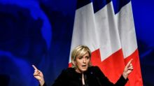Le Pen's anti-euro plan 'to cost France 30 bn a year'