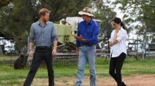 Harry e Meghan visitam agricultores vítimas da seca na Austrália