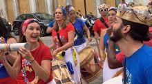 Fatima Bernardes e Túlio Gadêlha curtem blocos no pré-Carnaval de Recife