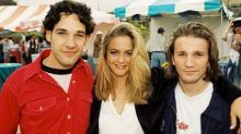'Clueless' Premiere Flashback! See Alicia Silverstone, Paul Rudd, and the Rest of the Cast Hit the Beach in 1995