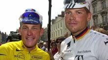 Lance Armstrong's touching gesture for fierce rival