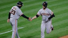 Giants blast their way past Philly, Buster Posey hits two of team's five homers