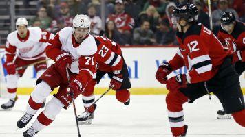 Dylan Larkin scores in OT for Red Wings to beat Devils
