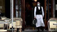 """""""C'est vraiment lassant"""" : les restaurateurs parisiens craignent une nouvelle fermeture"""