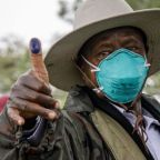 Uganda elections 2021: Museveni takes early lead as Bobi Wine cries foul