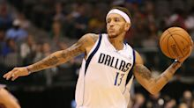Mavericks owner Mark Cuban picks up Delonte West at gas station, offers to pay for rehab