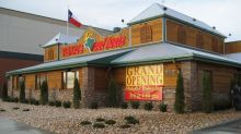 Texas Roadhouse Sizzles on Huge Comps Gains
