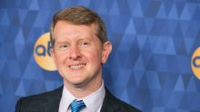 'Jeopardy!' champ Ken Jennings apologizes for 'unartful and insensitive' tweets: 'I screwed up'