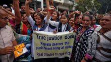 Por qué muchos indios felicitan a la policía por matar a acusados de violación grupal