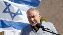 M.O., Lieberman si dimette e chiede elezioni anticipate