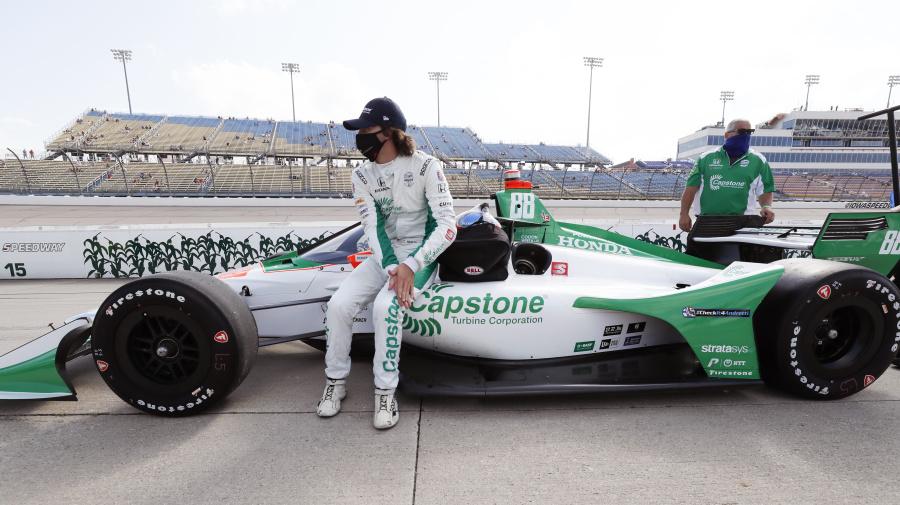 Herta's car flies through air in scary IndyCar crash
