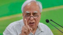 Talking Business, Kapil Sibal Delivers a Message to the Gandhis on Shake-up in Congress