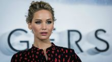 Avião da atriz Jennifer Lawrence faz pouso forçado, diz site